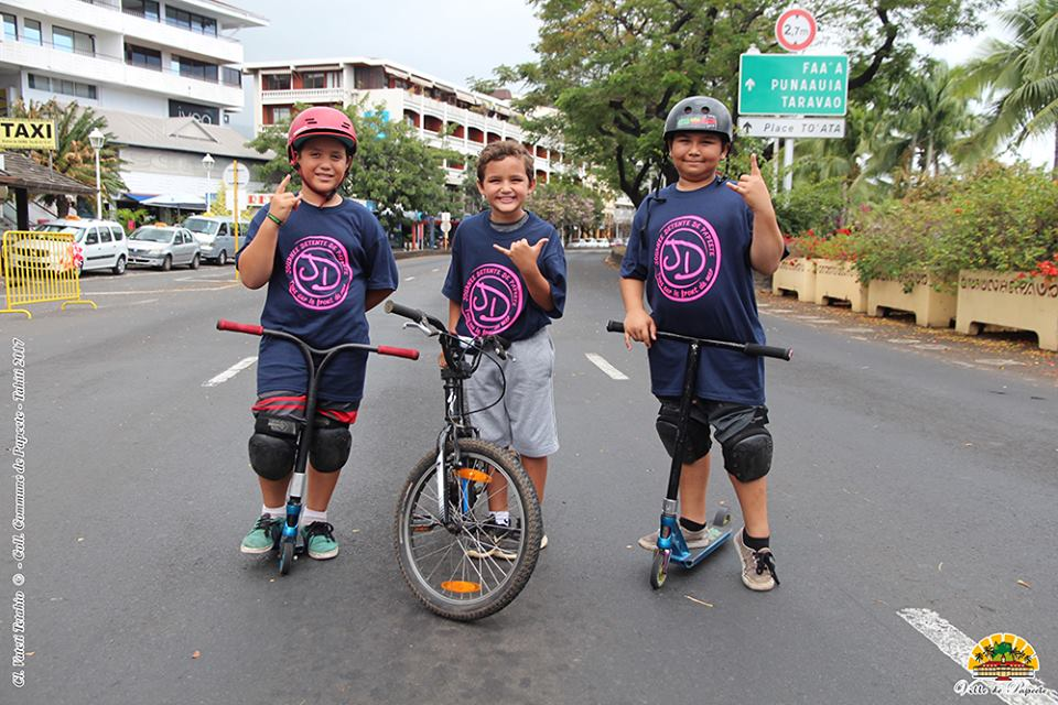 Vélos, rollers et trottinettes sur le front de mer dimanche