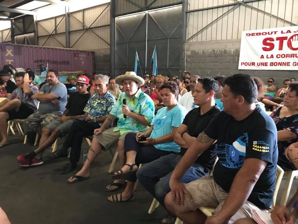 Les jeunes leaders du Tavini Huira'atira ont décidé de se lever samedi pour dire non à la corruption en Polynésie.