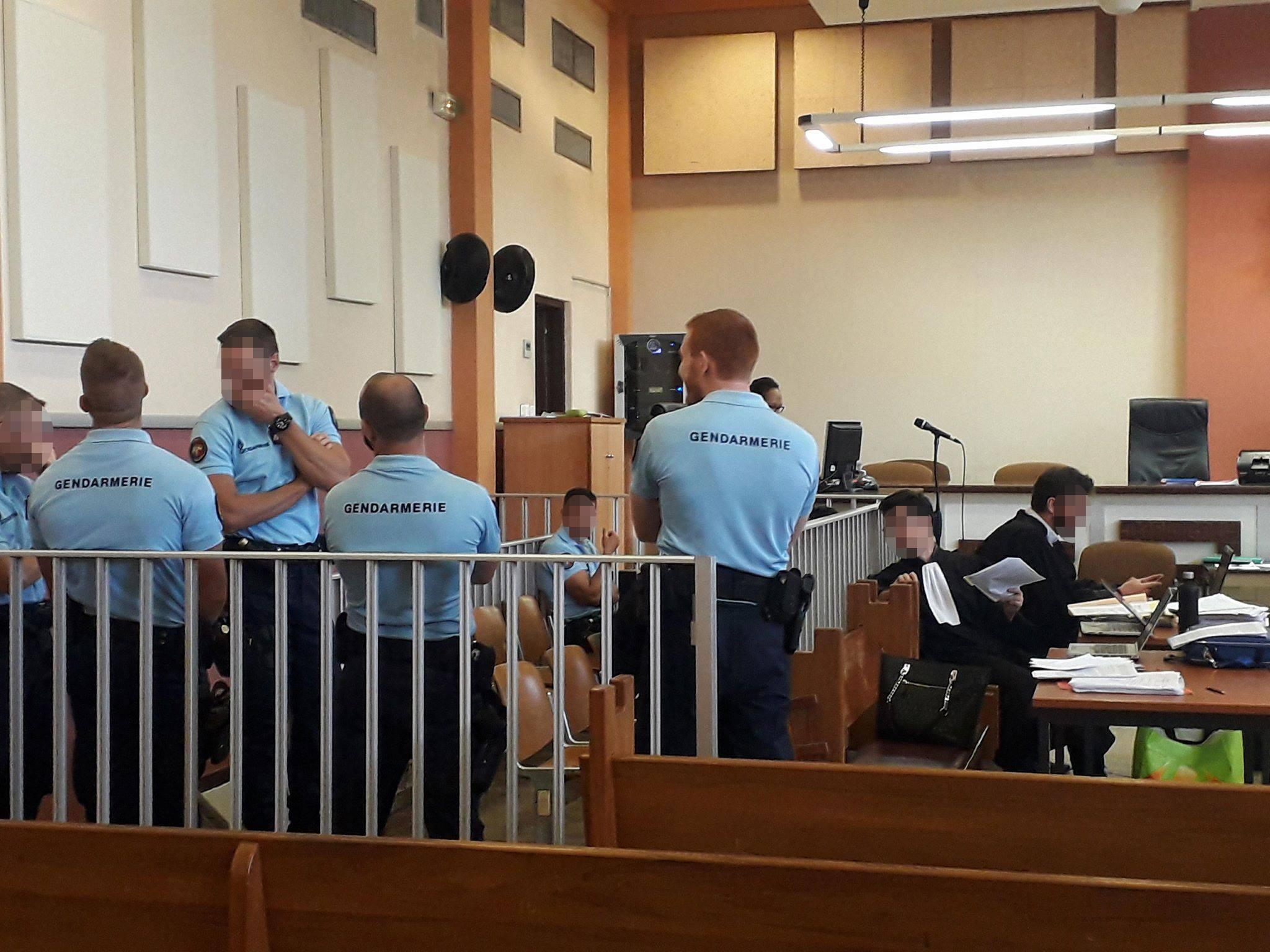 Rixe mortelle de Papara en correctionnelle: 30 mois à 4 ans de prison ferme requis