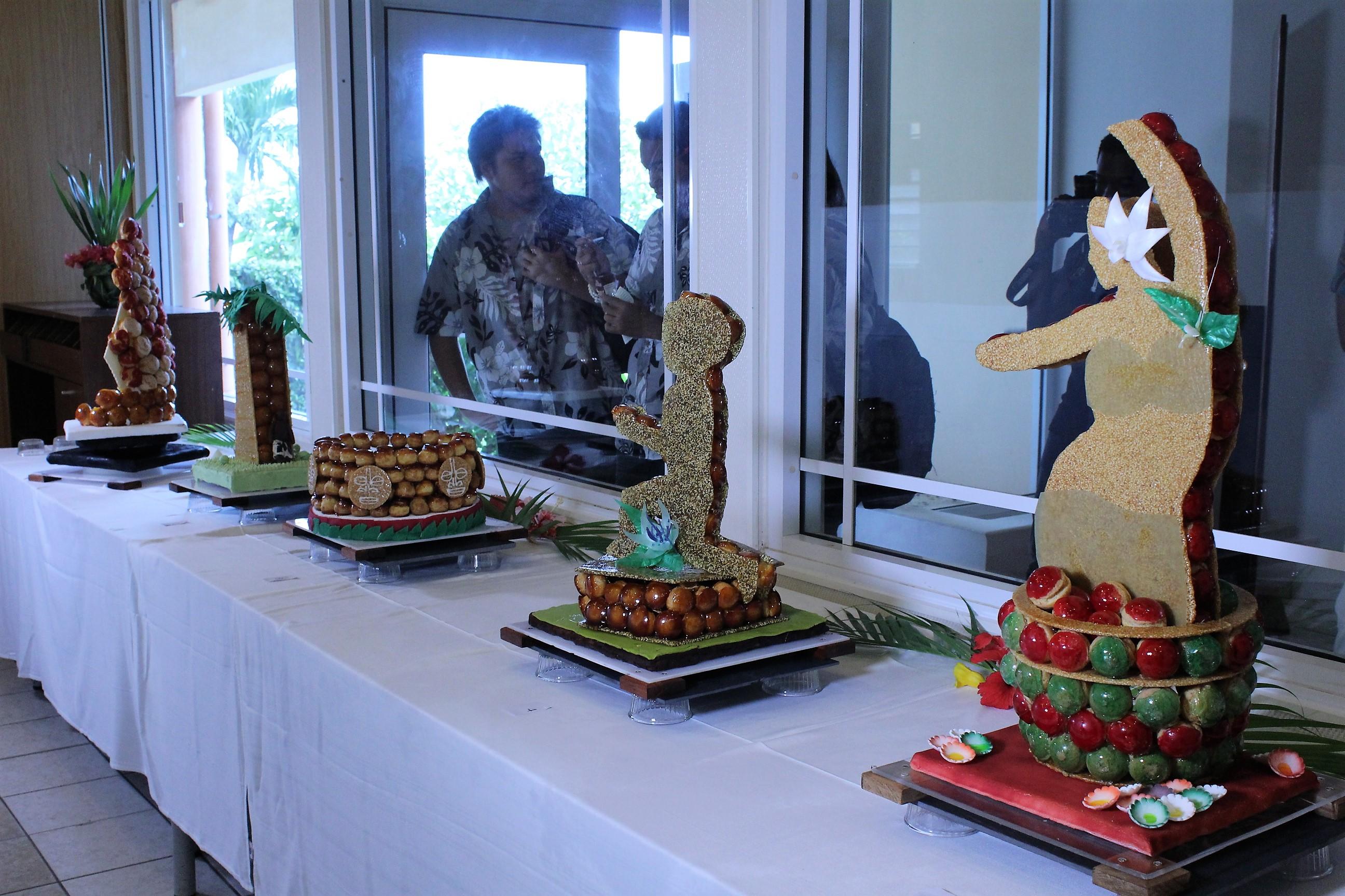 Stress, sourire et émotion pour les jeunes au concours du meilleur pâtissier de Polynésie