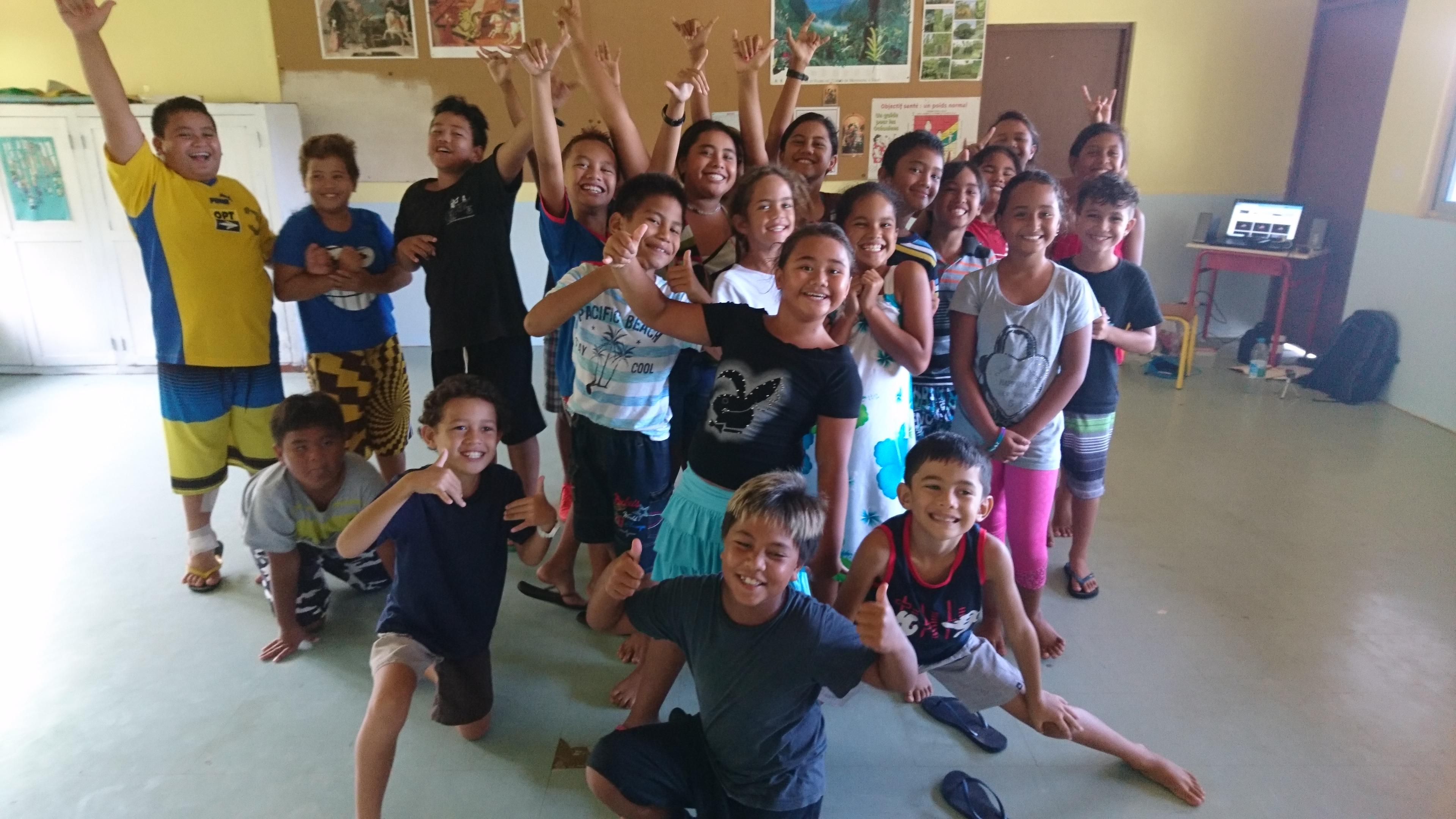 Les enfants de Hiva Oa dansent Jacques Brel
