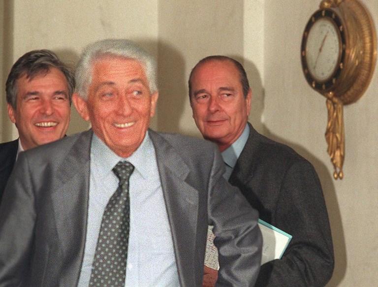 Bernard Pons a été ministre des Territoires et Départements d'Outre-Mer sous le gouvernement Chirac du 20 mars 1986 jusqu'au 10 mai 1988.