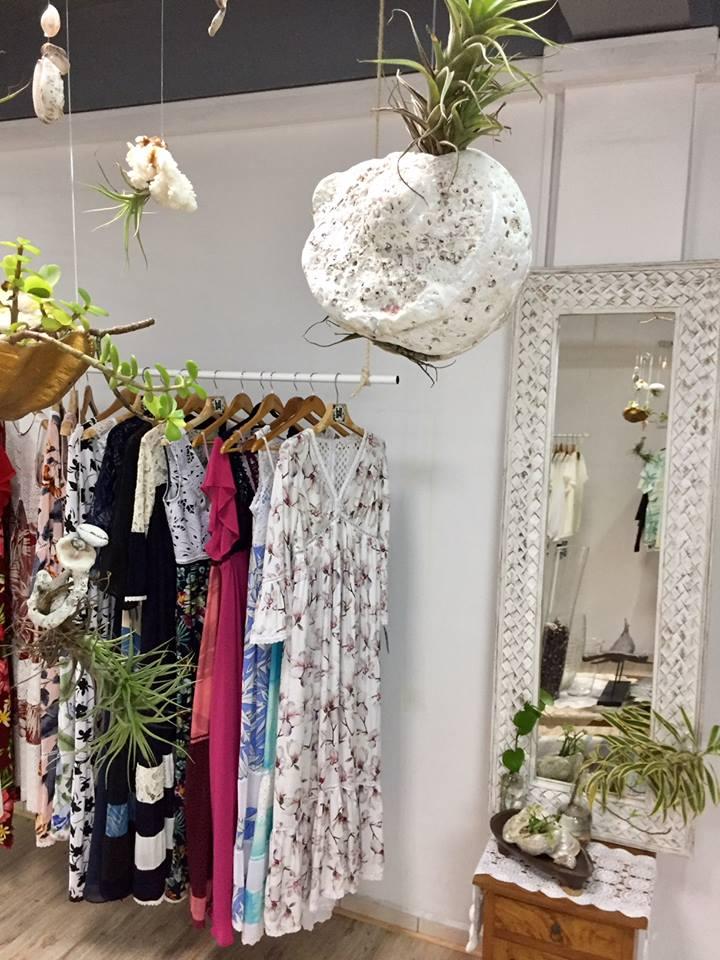Hani Haring ouvre à la Plazza Haute du centre au Vaima