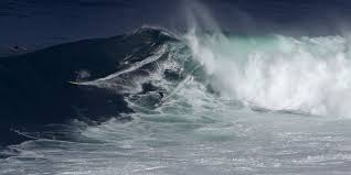 Une vague de huit étages pulvérise le record pour l'hémisphère Sud (scientifiques)