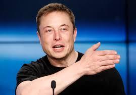 Un nouvel accident impliquant une Tesla fait réagir Elon Musk