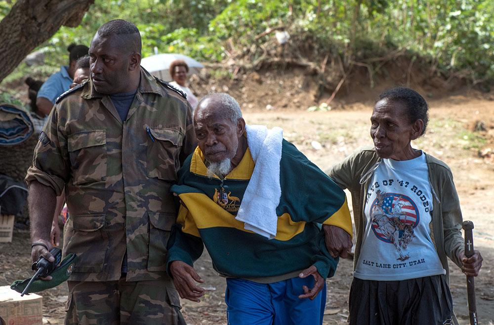Eruption volvanique au Vanuatu: la population d'une île incitée à partir pour de bon