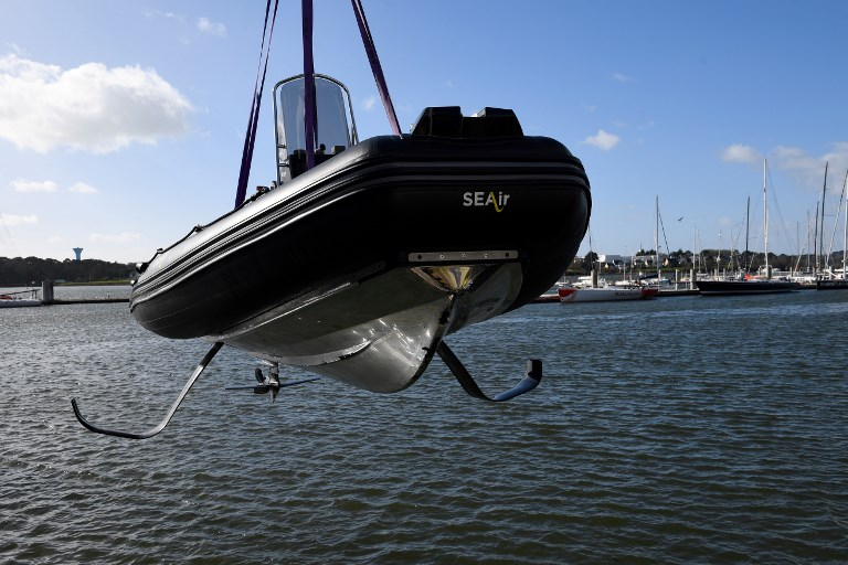 """Les bateaux """"volants"""", avenir du nautisme et de la plaisance ?"""