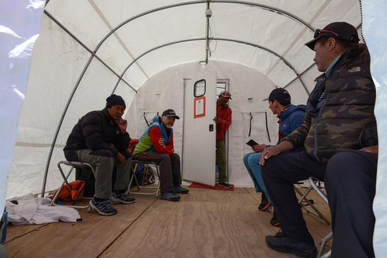 Sur l'Everest, la salle des urgences la plus élevée du monde