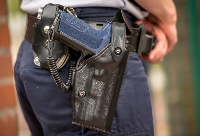 Yvelines: dix ans de prison pour un ex-policier qui a tué sa compagne d'une balle dans la tête