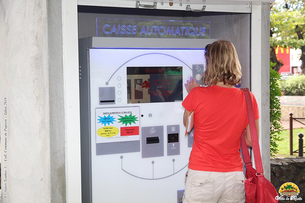 Une caisse automatique pour le parking de Tarahoi
