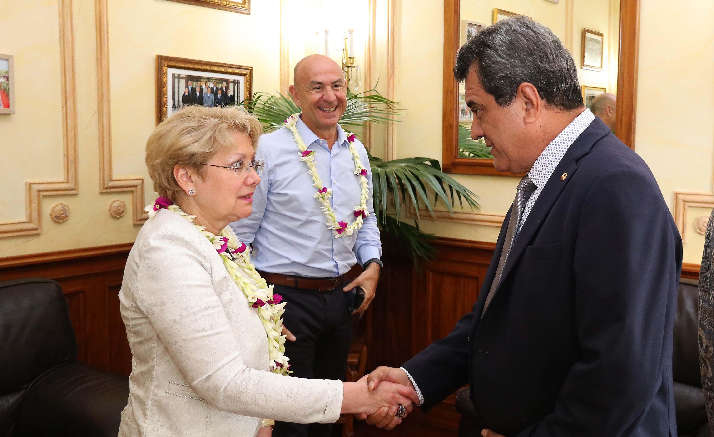 Edouard Fritch rencontre Marie-Anne Poussin-Delmas, directrice générale de l'IEOM