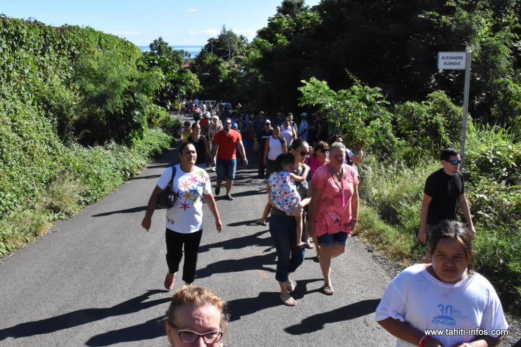 Rassemblement contre un vaste projet immobilier au vallon de Terua