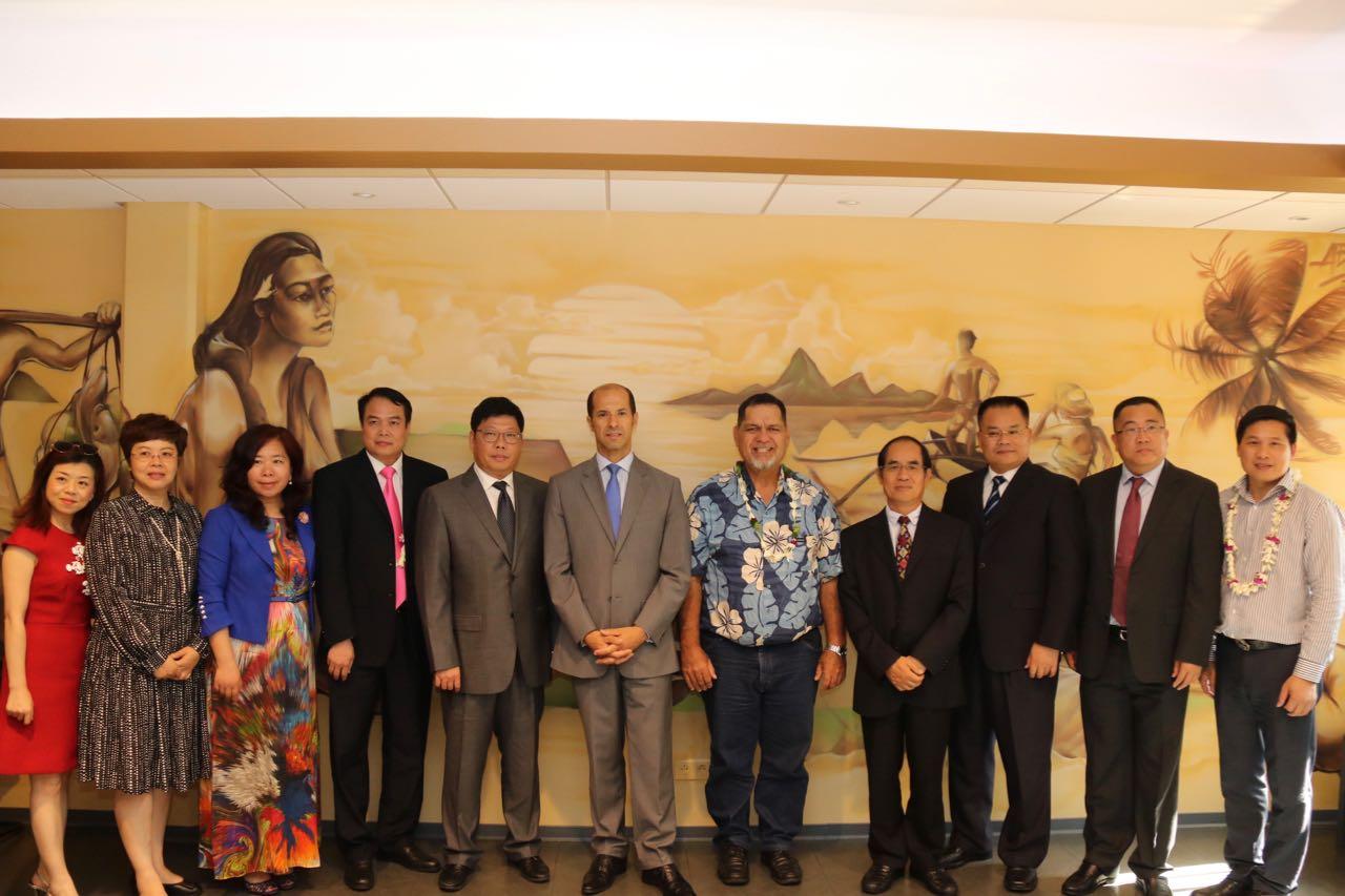 Entretien avec une délégation chinoise de la ville de Beihai