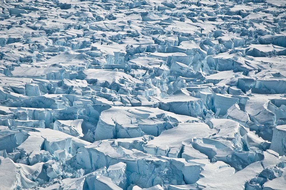 L'Antarctique fond à un rythme accéléré et renforce la hausse du niveau des océans