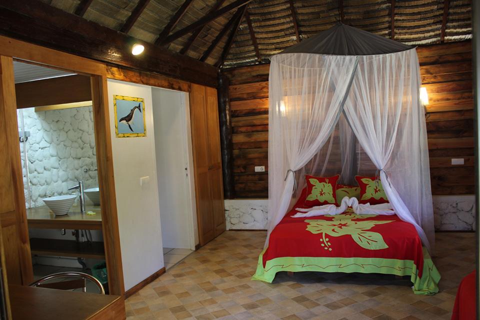 Les bungalows sont fonctionnels et joliment décorés.