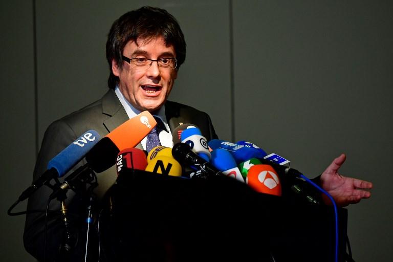 """Carles Puigdemont réclame le retrait de la marque de jambons """"Pig Demont"""""""