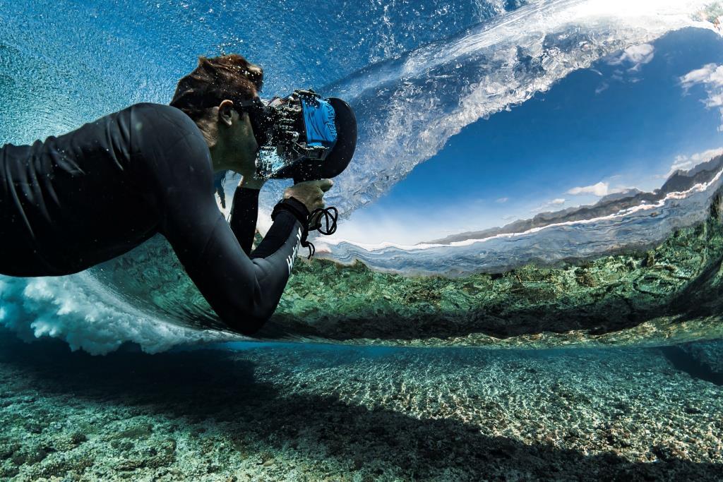 """Ben Thouard signe """"Surface"""", une compilation de photos sur l'eau"""