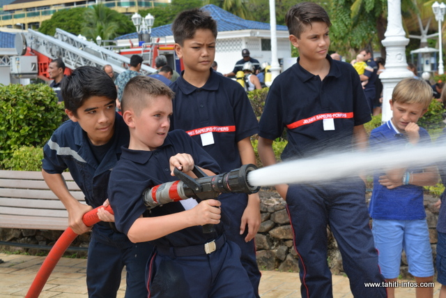 Les jeunes sapeurs-pompiers s'en sont donnés à cœur joie.