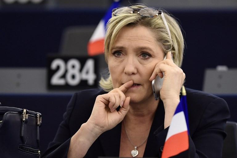Marine Le Pen doit bien rembourser 300.000 euros au Parlement européen