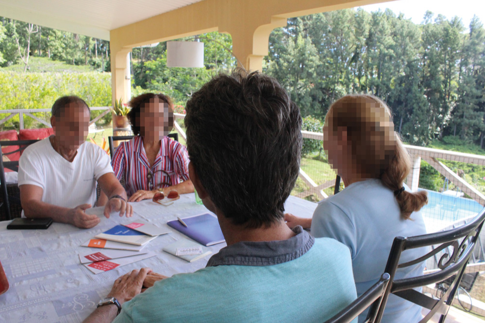 L'association des Alcooliques anonymes de Tahiti se réunit tous les mercredis à 18h30.