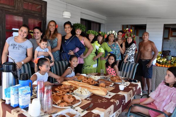 Le lendemain de son élection, la miss a retrouvé sa famille autour d'un petit déjeuner chez ses grands-parents