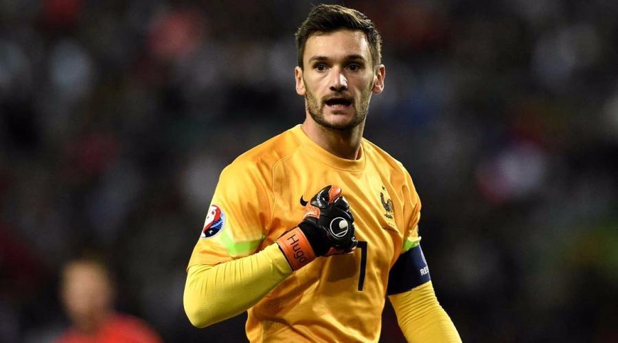 La France, ennuyeuse, finit première de son groupe, Danemark qualifié