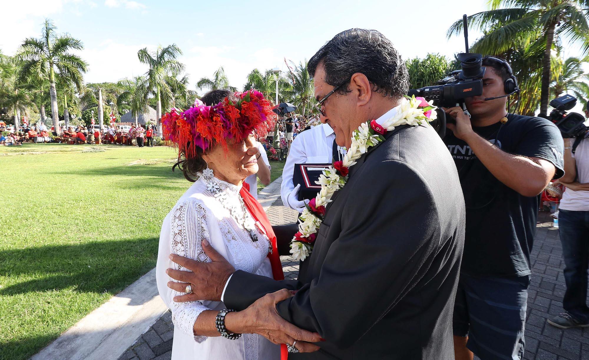 Sept personnalités nommées chevaliers de l'ordre de Tahiti Nui