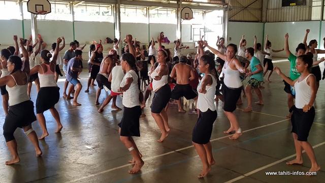 Ces jeunes viennent d'Outumaoro, de Paea et de Tautira.