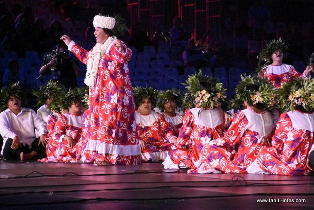 """Heiva i Tahiti : la prestation de """"Te pape ora nō Pāpōfa'i"""" en photos"""
