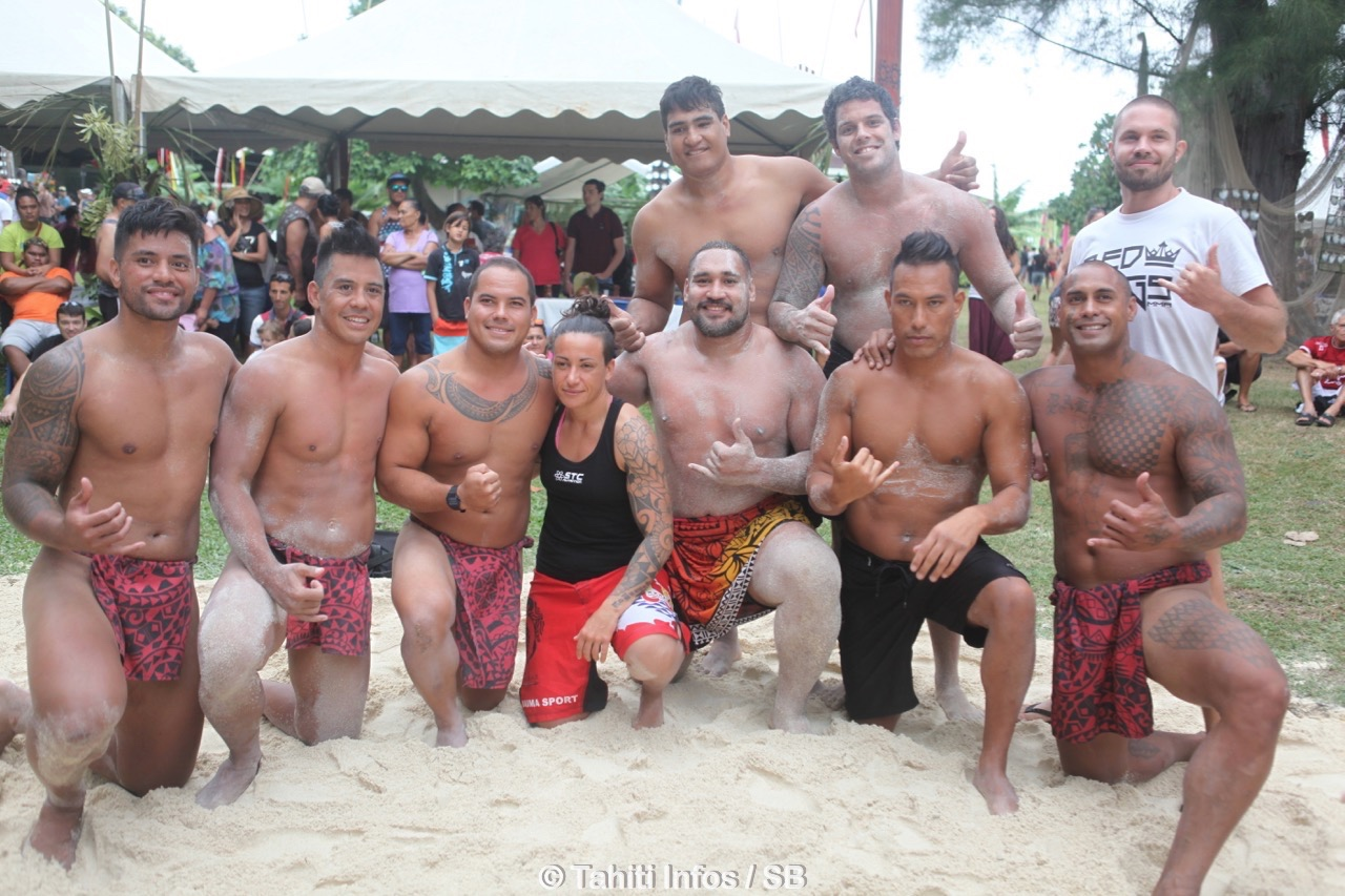 La lutte traditionnelle, le Tapito, a connu un franc succès