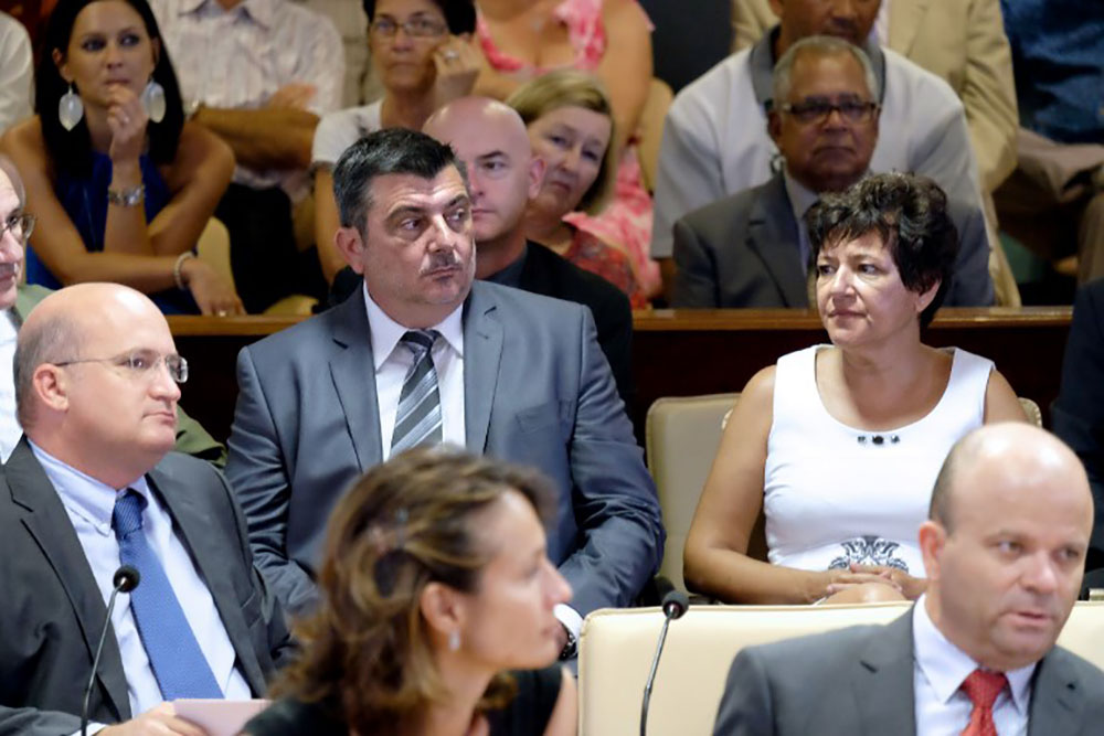 """Calédonie: propositions pour """"aller au-delà du oui ou du non"""" au référendum"""