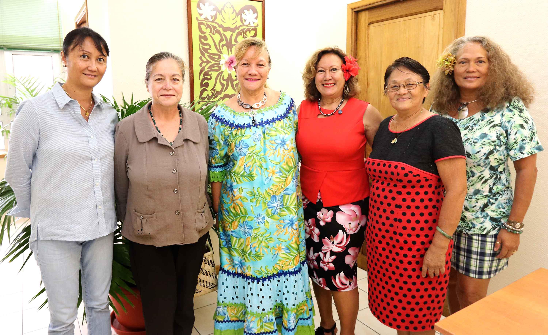 La ministre de la Famille s'entretient avec le Conseil des femmes