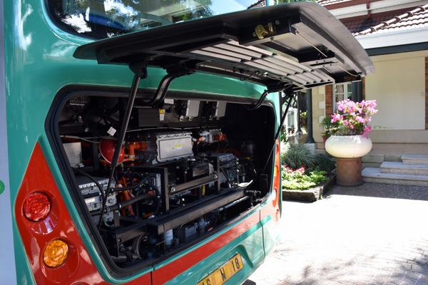 Tahiti Automobiles dévoile ses nouveaux bus électriques