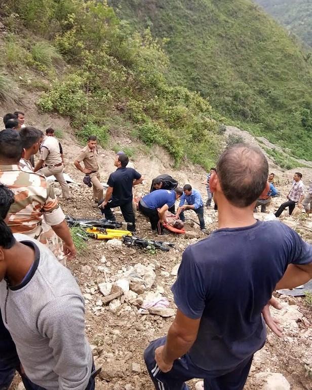 Inde: 14 morts dans un accident de car en Inde