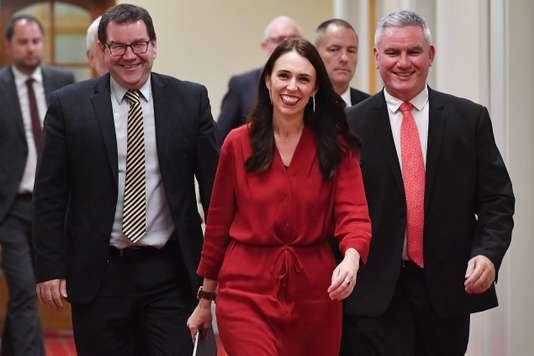 La Première ministre néo-zélandaise de retour au travail après son accouchement