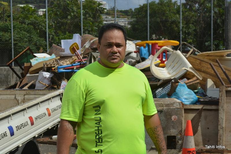 Grand nettoyage de quartier à Tipaerui