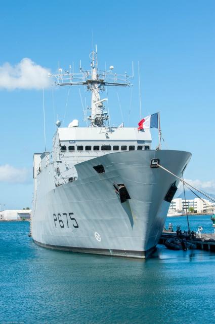 L'Arago est arrivé à Papeete en 2011 afin de compenser en partie le départ des P400 La Railleuse et la Tapageuse.
