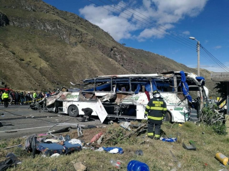 19 Colombiens parmi les 24 morts d'un accident en Equateur