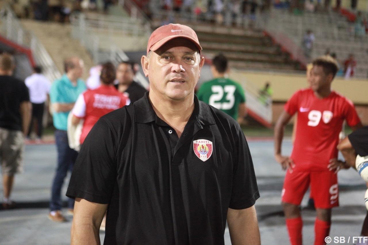 Le coach Bruno Tehaamoana a félicité ses joueurs