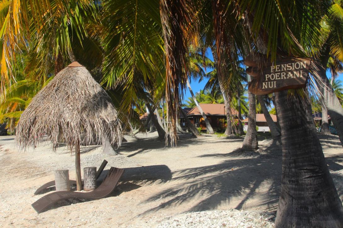 Après les deux plongées, direction le bungalow ou l'ombre d'une paillote sur la plage.