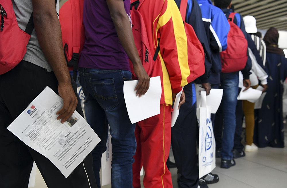 Aquarius: arrivée d'une soixantaine de réfugiés en France