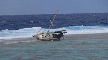 Mauvais temps : deux voiliers secourus
