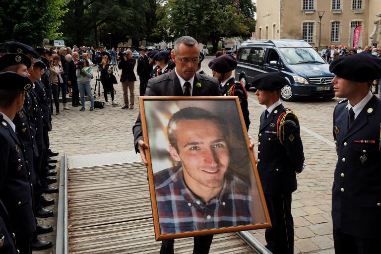 Les obsèques du caporal Noyer, victime présumée de Lelandais, célébrées à Bourges