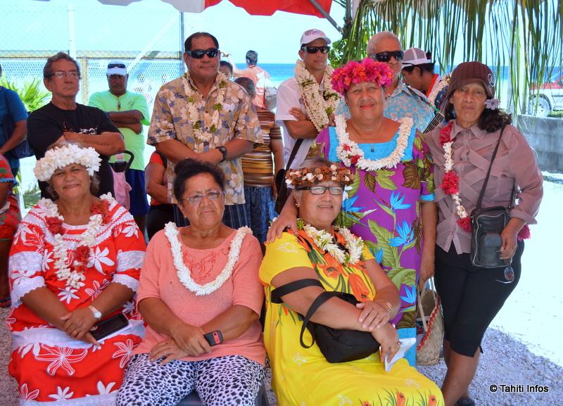 Tahiti Infos envoie un grand merci aux habitants de Takaroa pour leur accueil !