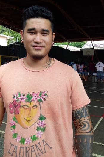 Esron Turina  est aujourd'hui élève au centre des métiers d'art. Un parcours rendu possible grâce à la Mission de lutte contre le décrochage scolaire.