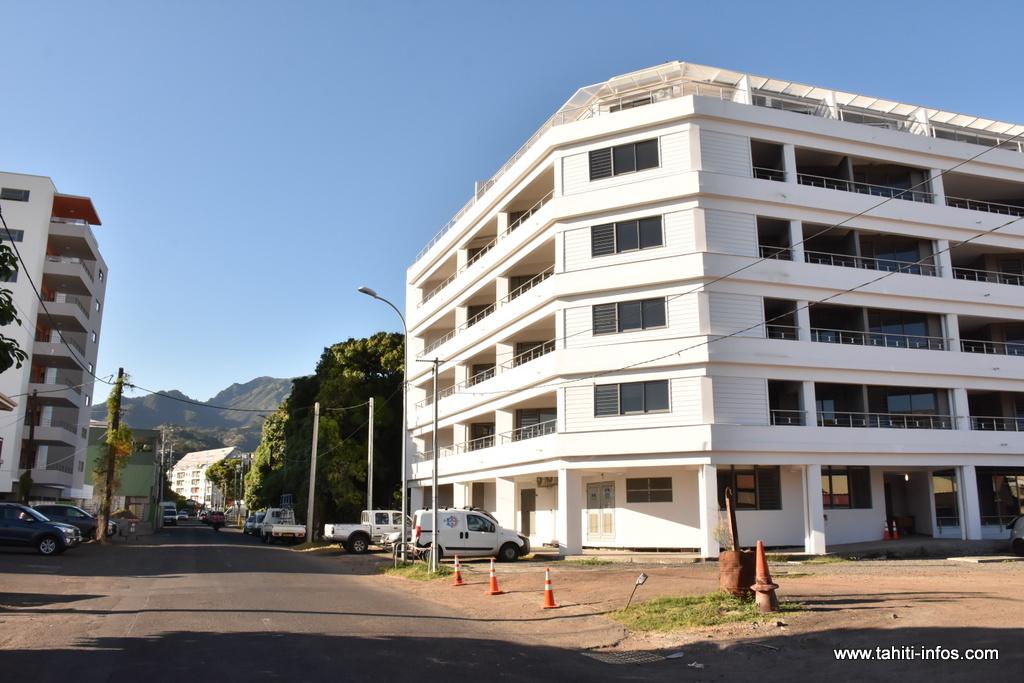 Après 18 mois de travaux et 500 millions d'investissement, ce programme offre une capacité minimum de 74 lits dans 63 logements étudiants.
