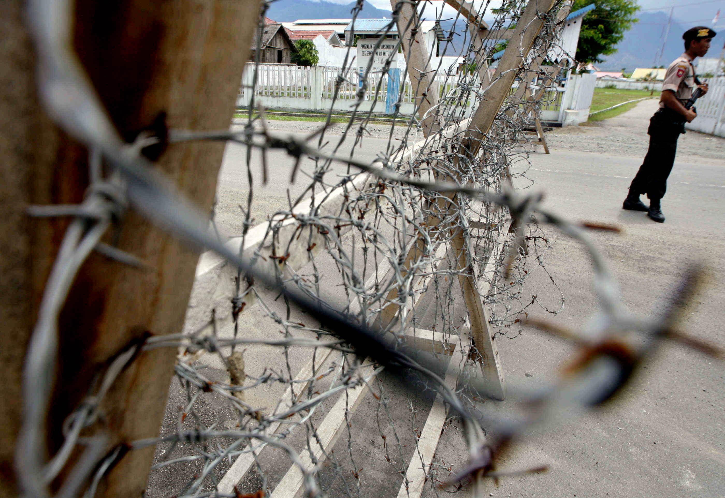 Indonésie: plus de 1.000 détenus profitent du séisme pour s'évader