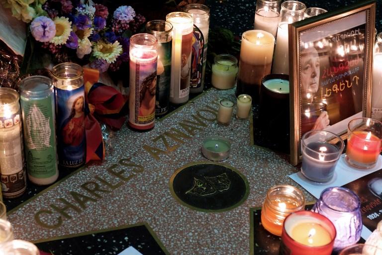 La disparition d'Aznavour pleurée à travers le monde