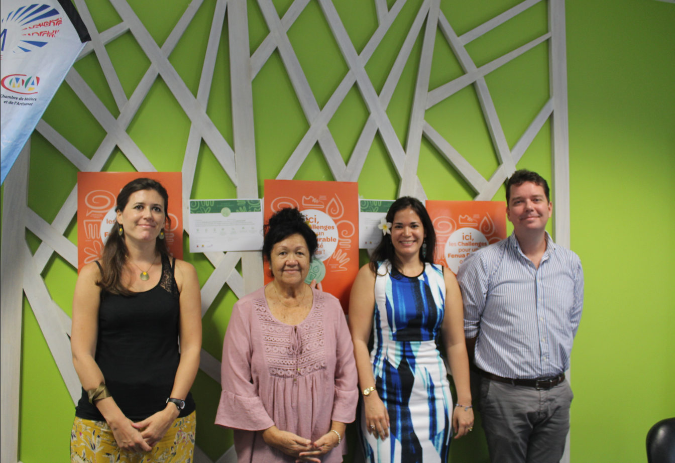 La Chambre de Commerce, d'Industrie, des Services et des Métiers, en partenariat avec l'Ademe (l'Agence de l'environnement et de la maîtrise de l'énergie) et la Diren (la direction régionale de l'environnement) lance un label développement durable.