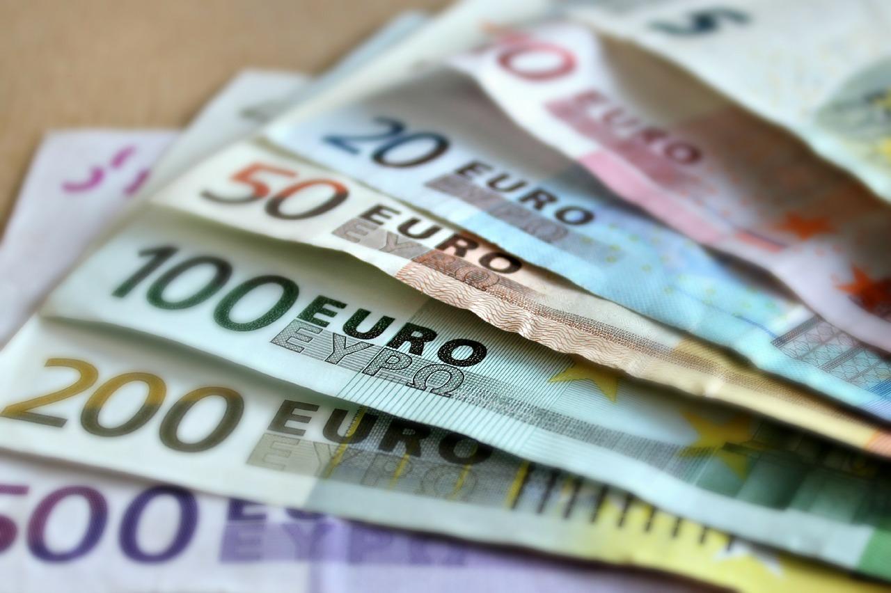 Guyane : quatre hommes mis en examen pour une série de vols dans des banques